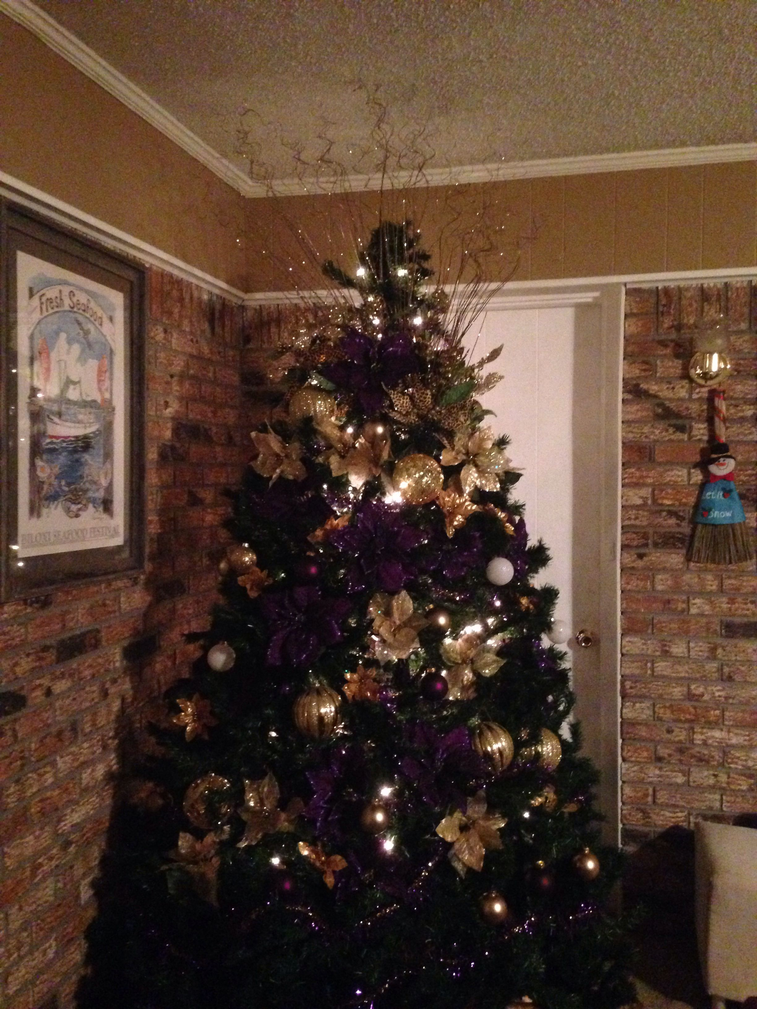 Purple and Gold Christmas tree by KKDEAN