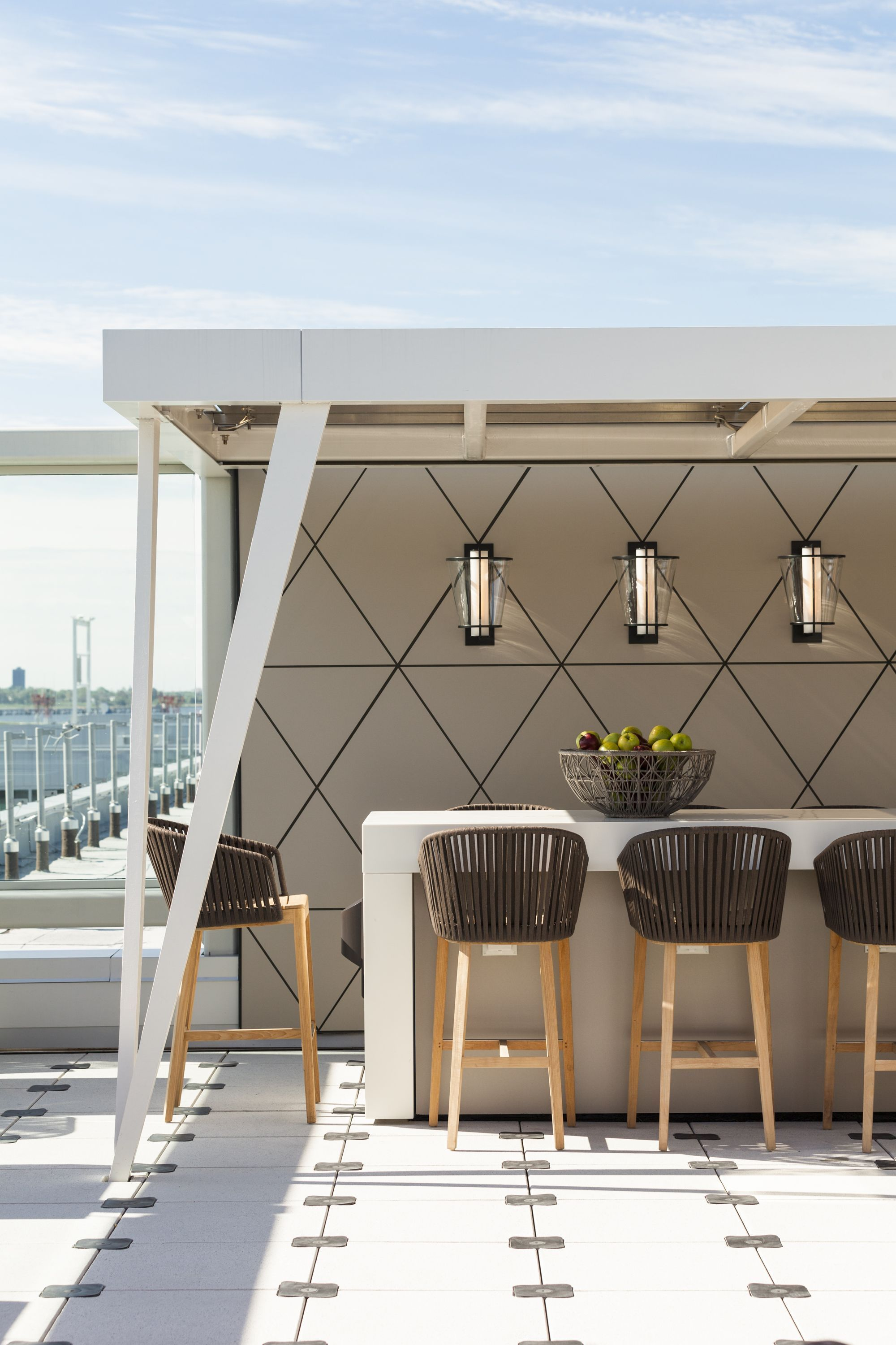 Usa Contemporary Home Decor And Mid Century Modern Lighting Ideas From Delightfull Http Www Deligh Outdoor Restaurant Patio Rooftop Design Restaurant Patio Modern backyard bar ideas