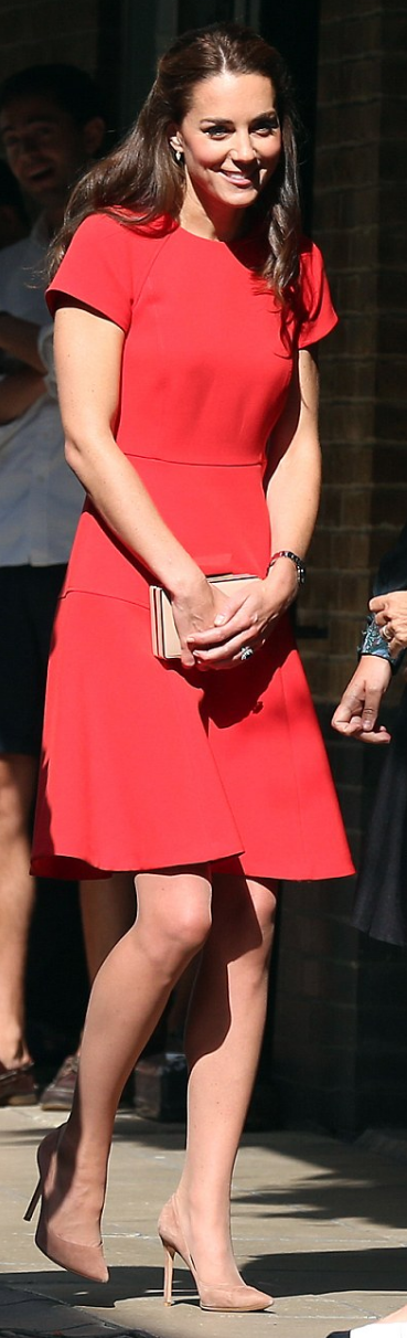 Kate Middleton Dress And Purse Lk Bennett Shoes