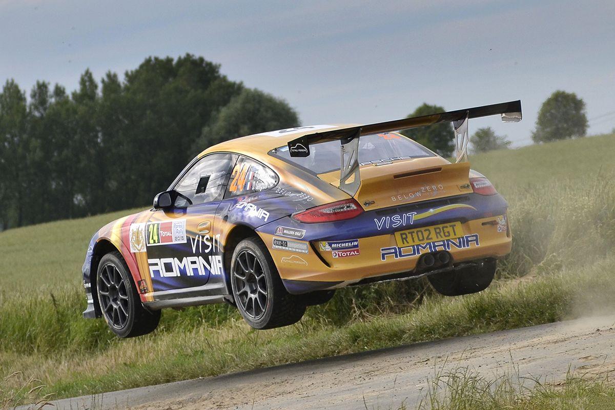 Tuthill Porsche is pleased to offer François Delecour\'s FIA R-GT ...