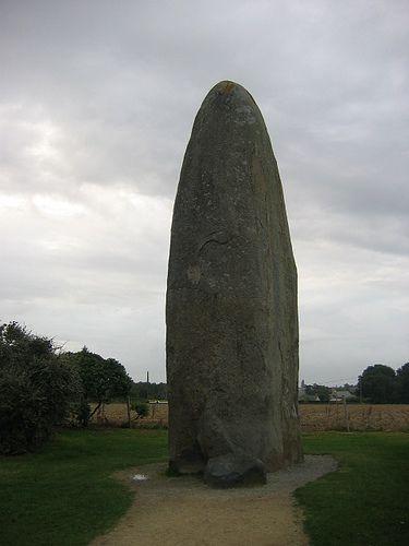 Dolmen Menhir : dolmen, menhir, Dolmen/menhir, Bretagne(France), Dolmen,, Bretagne,, Megalith