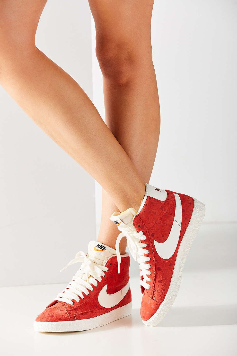 low priced aa3e6 3332b best price nike womens blazer mid suede vintage sneaker b683f 1f3e2