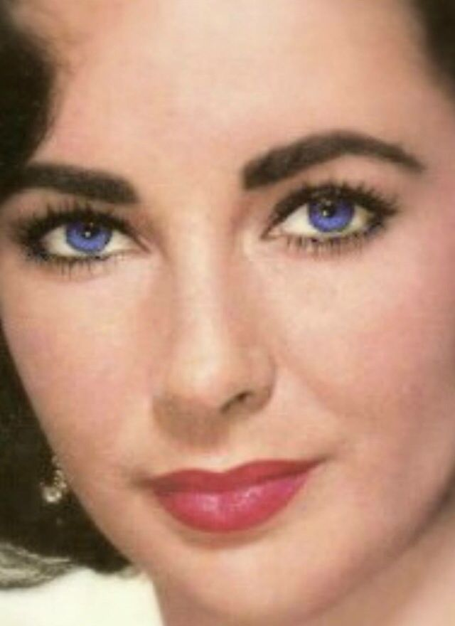 Liz Taylor S Violet Eyes Most Beautiful Eyes Elizabeth Taylor Eyes Beautiful Eyes