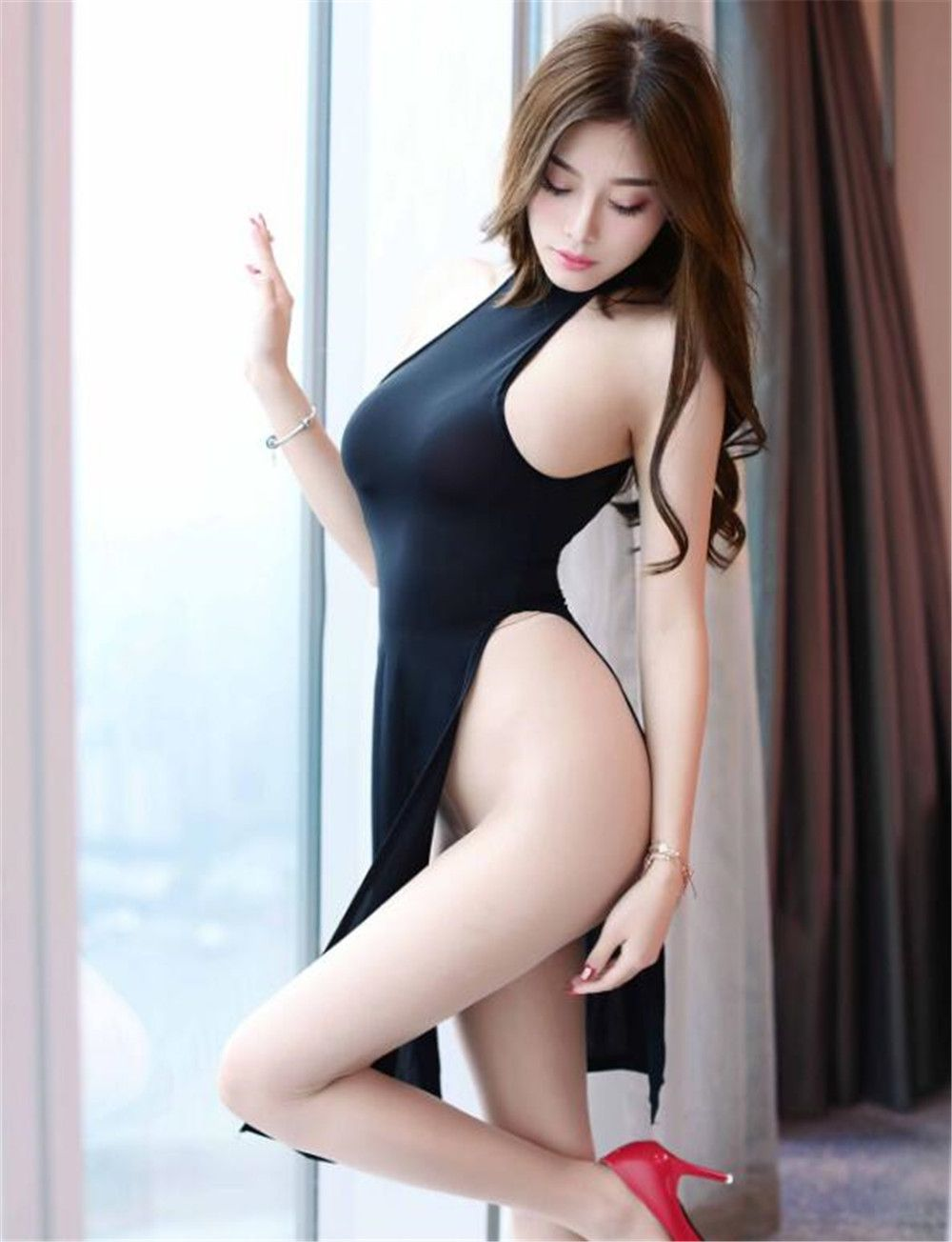 Asian tight erotic nude pic