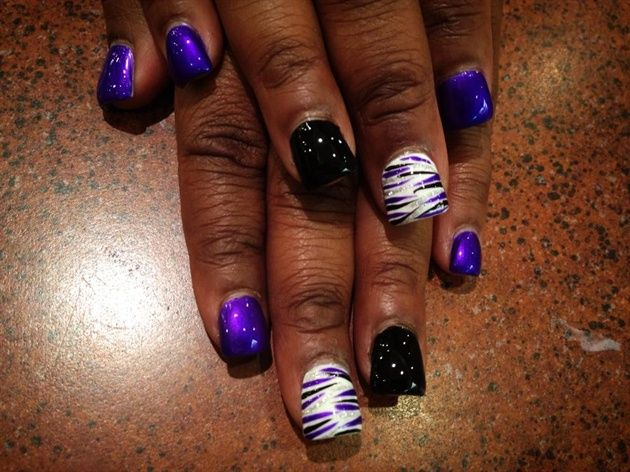 Purple, Black, Silver & White Striped by jessnaildesigns from Nail Art  Gallery - Pin By Schötz Celina On Nails Pinterest Nail Art Galleries And
