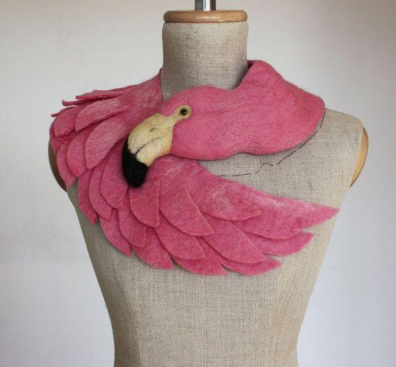 Rosa Flamingo - blasse Version - gefilzte Wolle Tier Schal