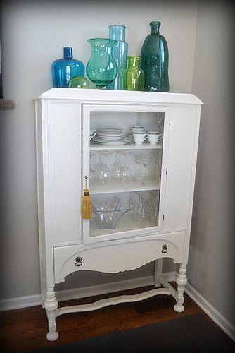 Vintage China Cabinet, Glassware