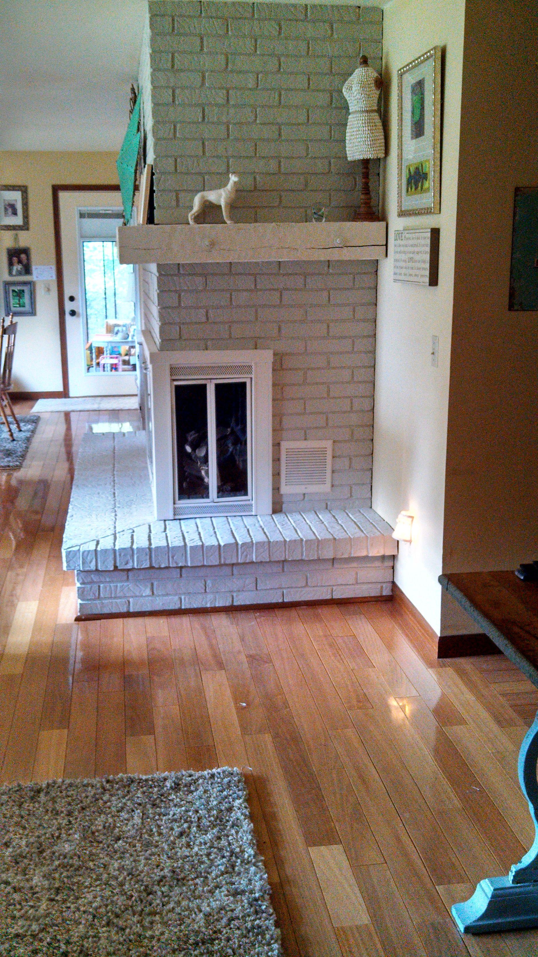 Pin By Jody Erdman On 1980 S Brick Fireplace Makeover W Paint