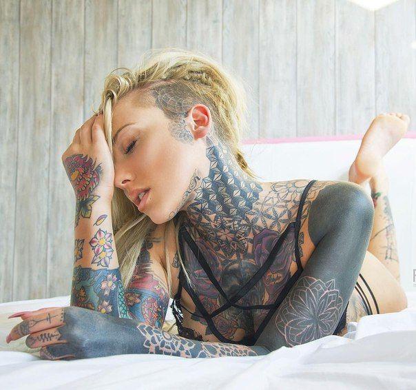 Lauren Brock Lady Lauren Brock Pinterest Tatting And Tattoo