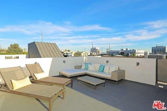 11322 La Grange Avenue Los Angeles Ca 90025 3 Beds 3 Baths 1 950 000 Apartments For Rent Outdoor Furniture Sets Real Estate