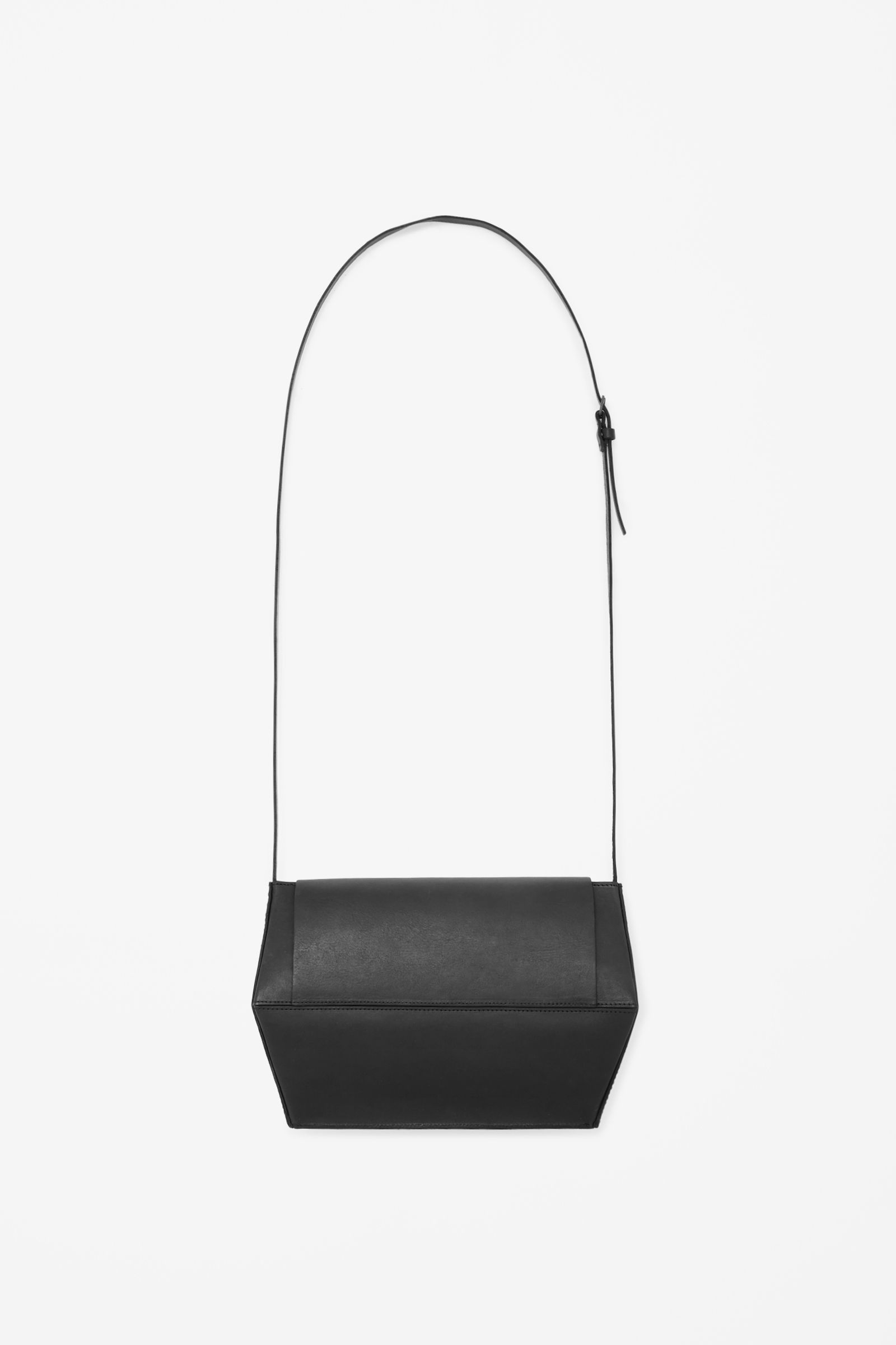 Geometric leather bag - COS