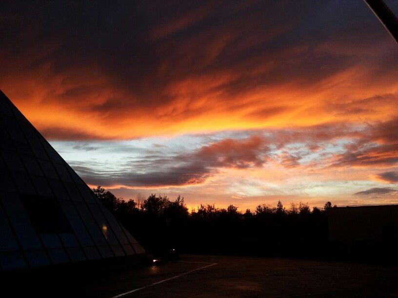 Abendstimmung an der Pyramide