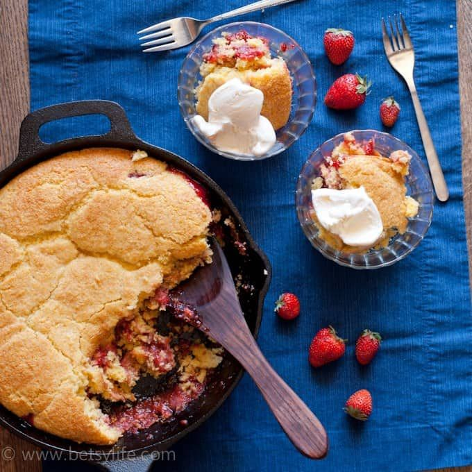 Simple strawberry cobbler recipe made with just a bowl and ...