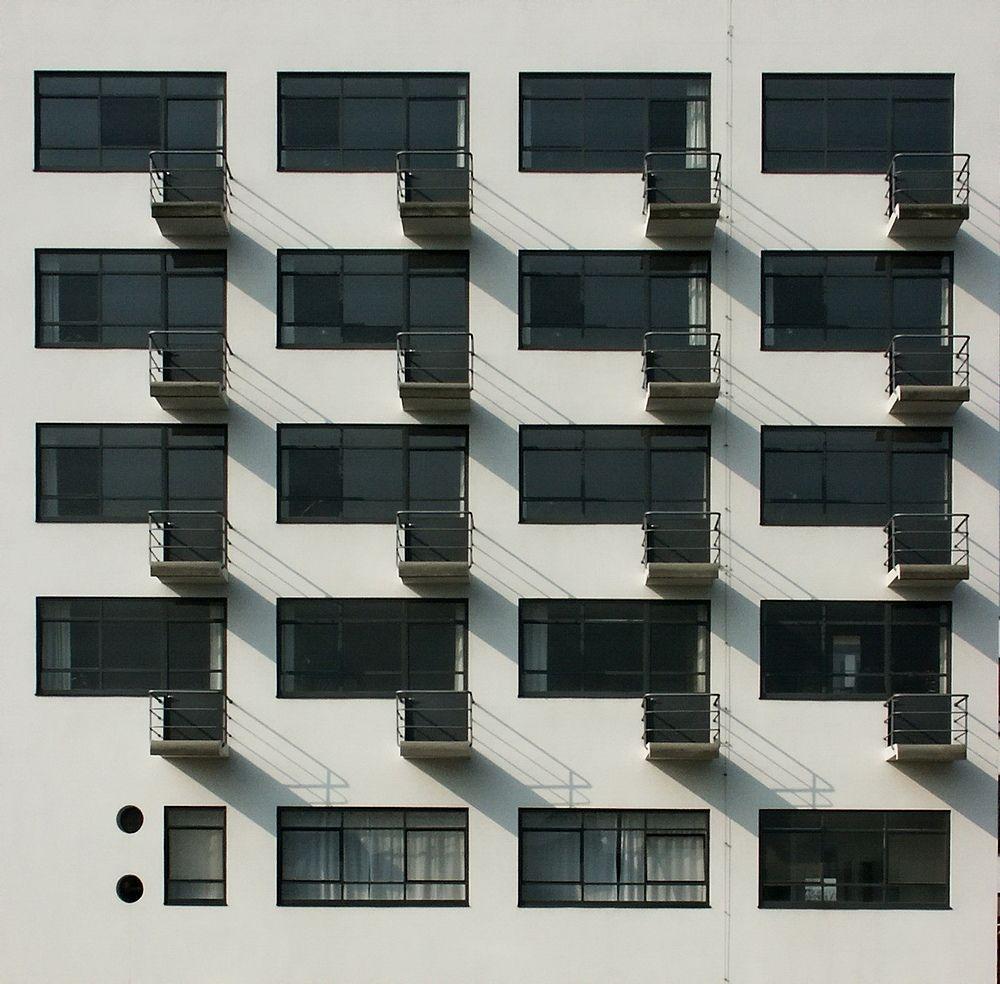 Bauhaus Balconies Architecture Pinterest Bauhaus