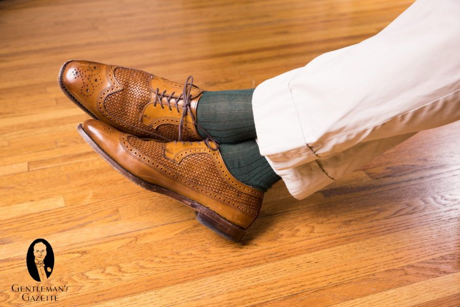2fb9e83bd1d3 Advanced ways to pair socks with shoes   trousers
