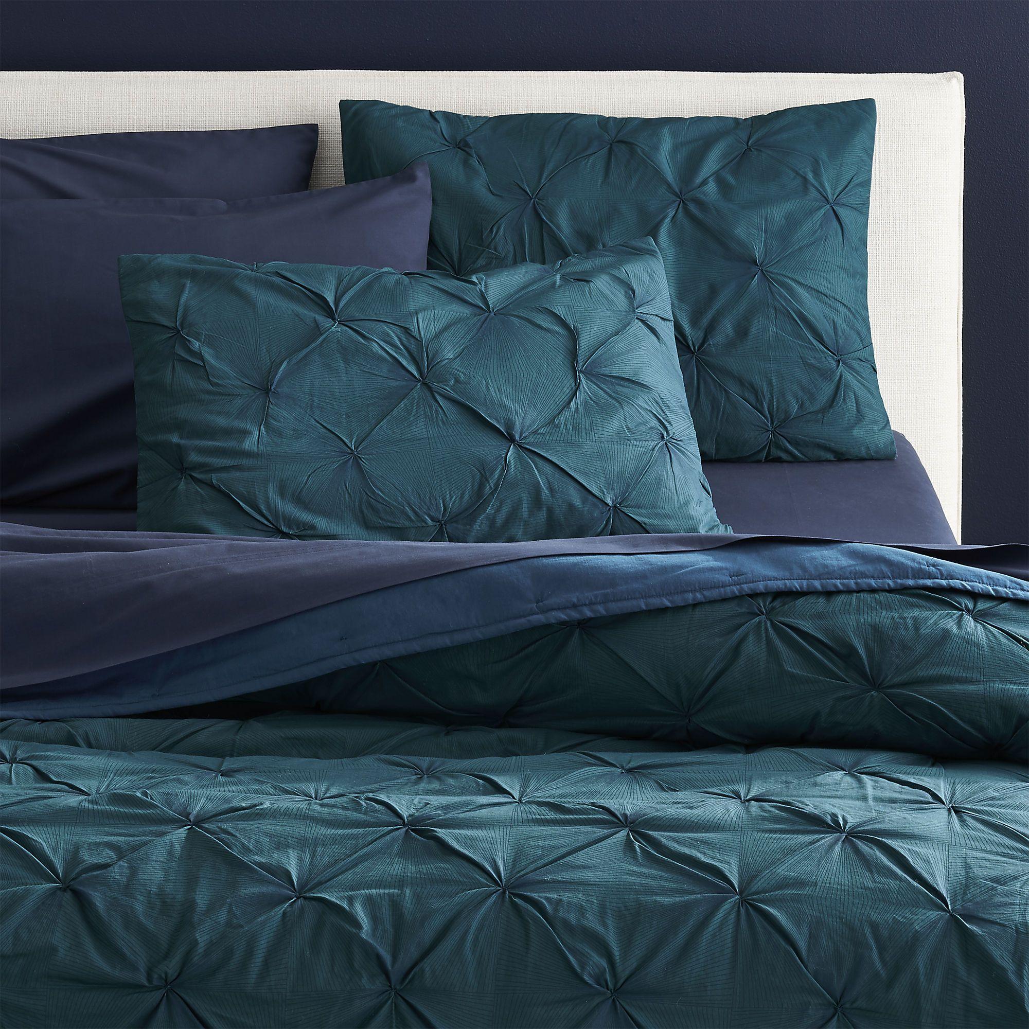 Design an Elegant Bedroom in 5 Easy Steps Green bedding