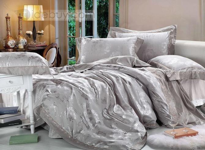 Best Contemporary Silver Grey Snowflake Jacquard 4 Piece Satin 640 x 480