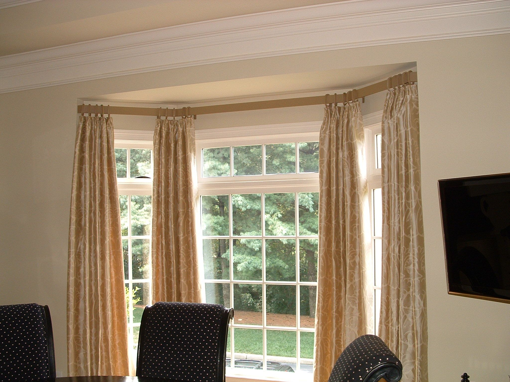 Curtain Rods In Bay Windows Bay Window Curtain Rod Ceiling