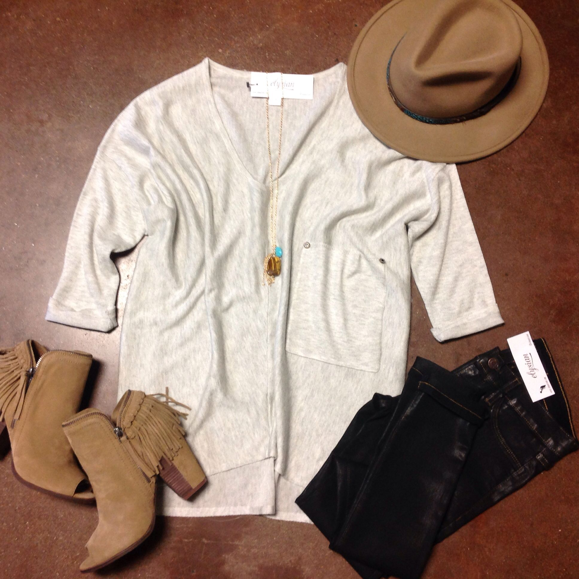 [Obsessed w/ Pockets] Light Smoke Raven Knit $54 Coated Black Jegging $68 Stoned Tassel Chain $24 @shopdolcevita Silvia Cognac Bootie $120 (Online) Feathered Fedora $42 #dolcevita #fedora #elysianlove