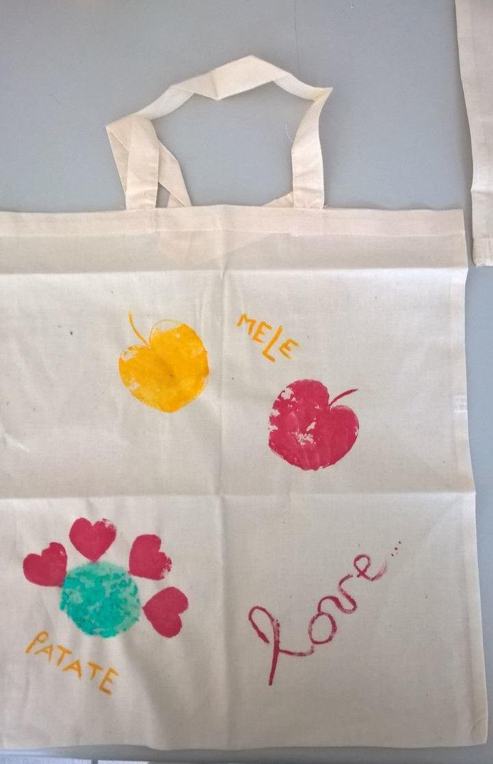 970dd5418f Festa della mamma scuola lavoretto sostegno colori stoffa borsa di stoffa