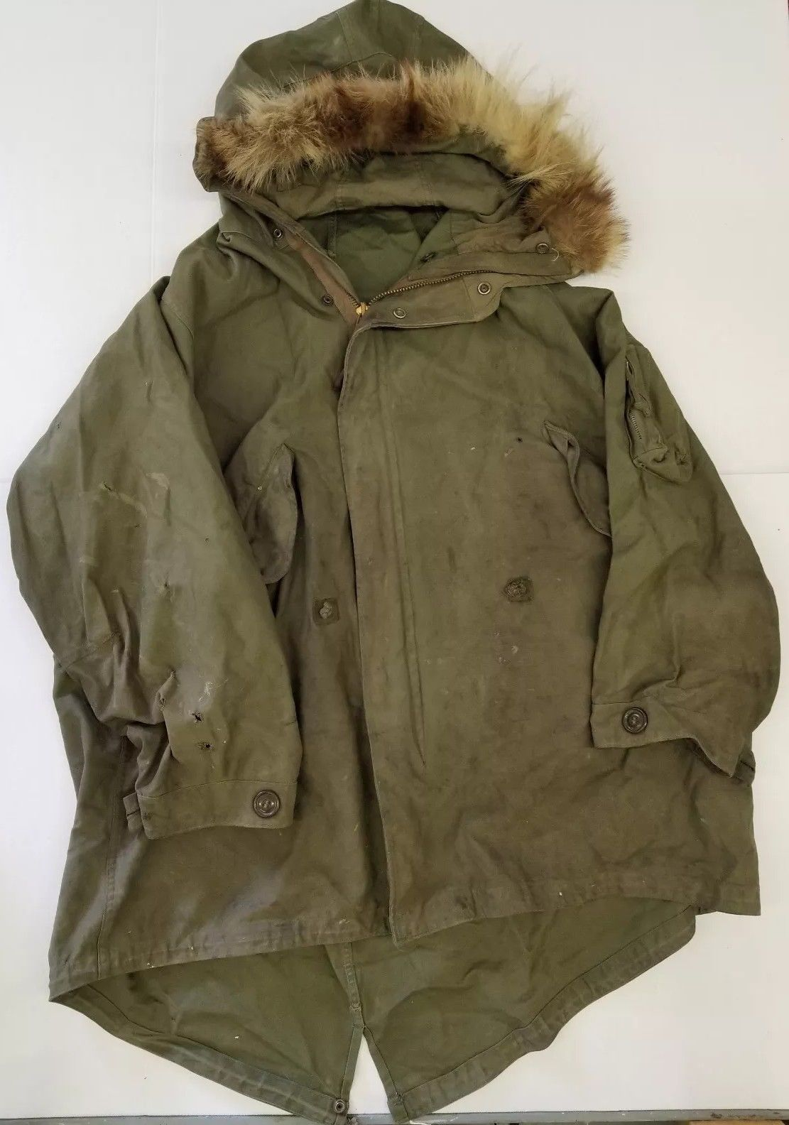 98dcfc6c1b6c25 VINTAGE WWII US Army Mountain Winter Hooded Field Parka Jacket Military  Surplus - $149.00. Coat