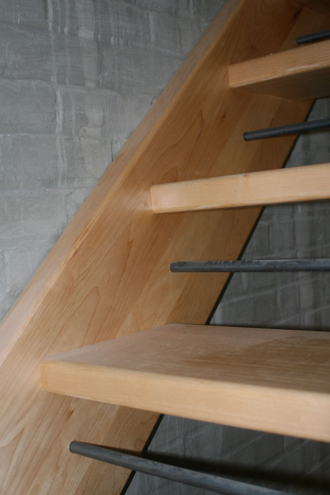 Open Log Stairs: Open Staircase With Wood Treads And Risers