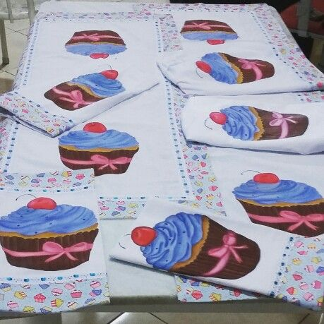 Jogo de cupcakes cozinha                                                                                                                                                      Mais
