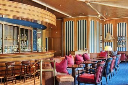 Low Cost Hotel Hilton Amsterdam Netherlands To Book