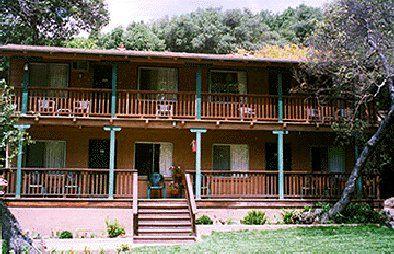 Buckeye Tree Lodge Buckeye Tree Sequoia National Park Sierra Nevada Mountains