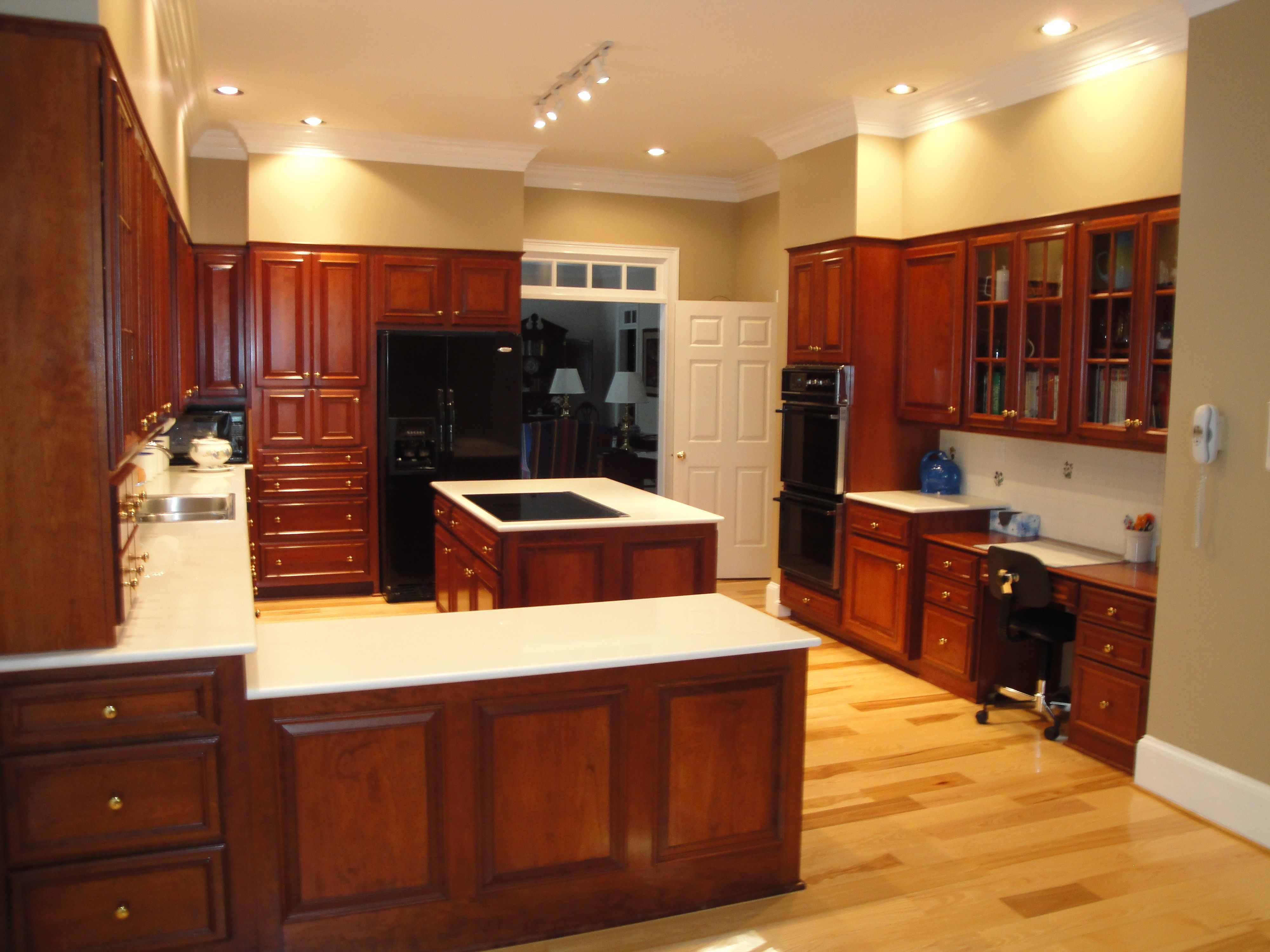 hickory floors, cherry cabinets. Black appliances? and ... on Maple Kitchen Cabinets With Dark Wood Floors Dark Countertops  id=66627