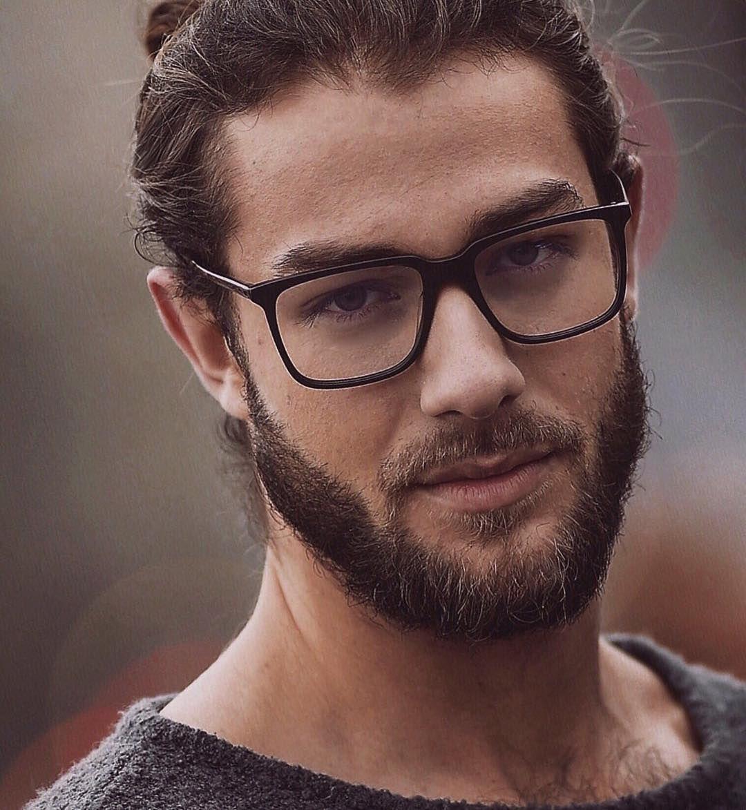 фото небритого мужчины в очках часто старых советских