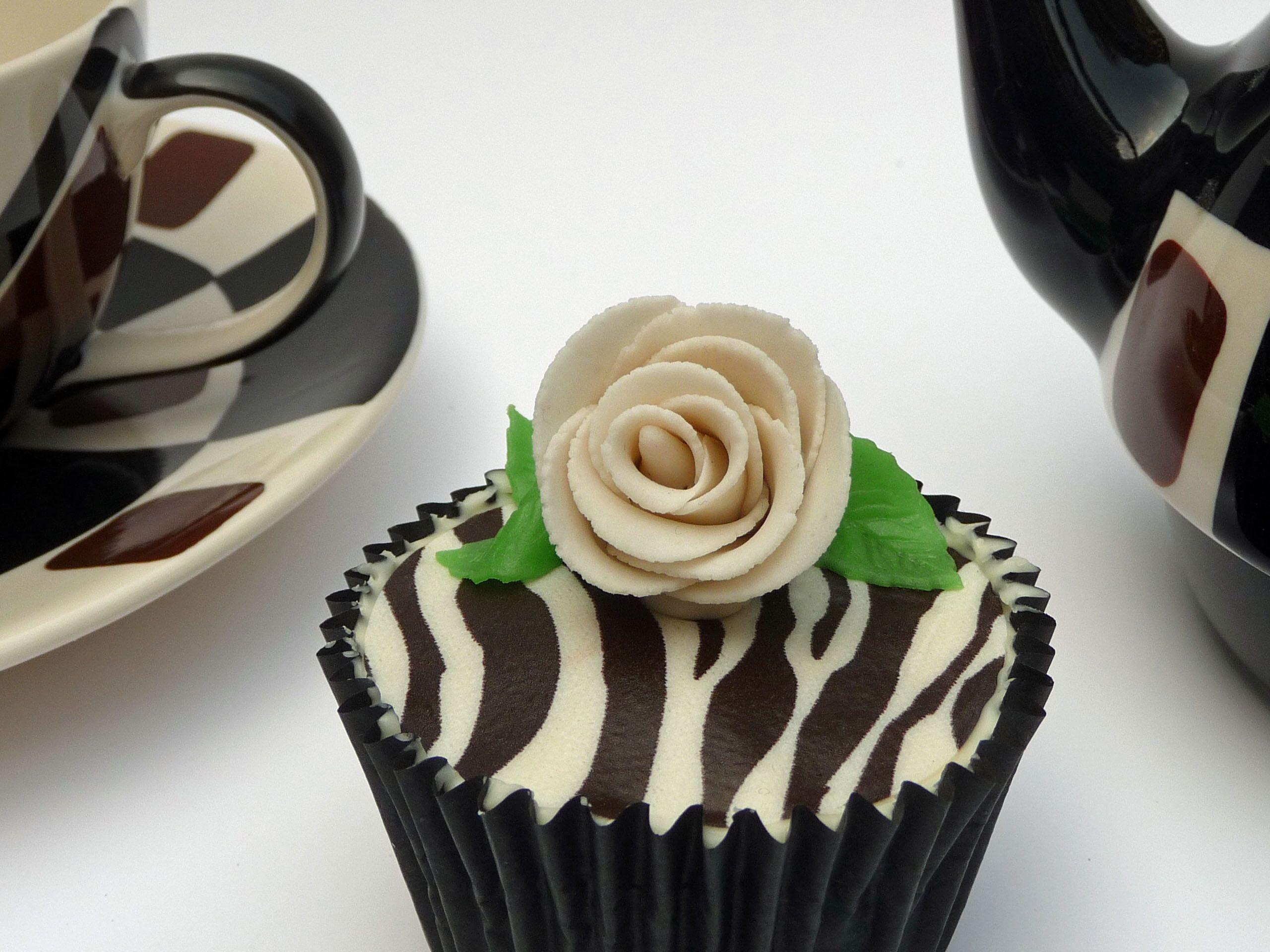 Thee of koffie met een cupcake?