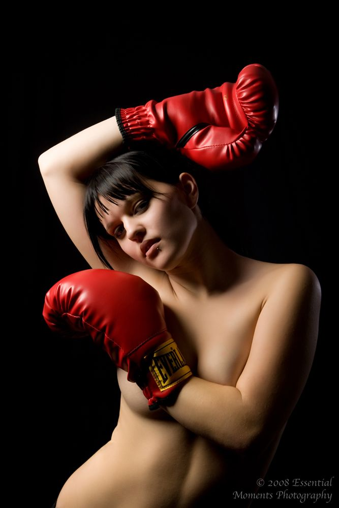 cubby-topless-in-boxing-gloves