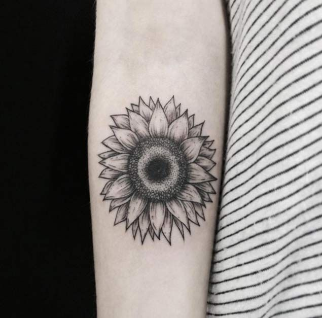 Small Sunflower Tattoo Meaning: 150 Vibrant Sunflower Tattoos And Meanings (September 2019