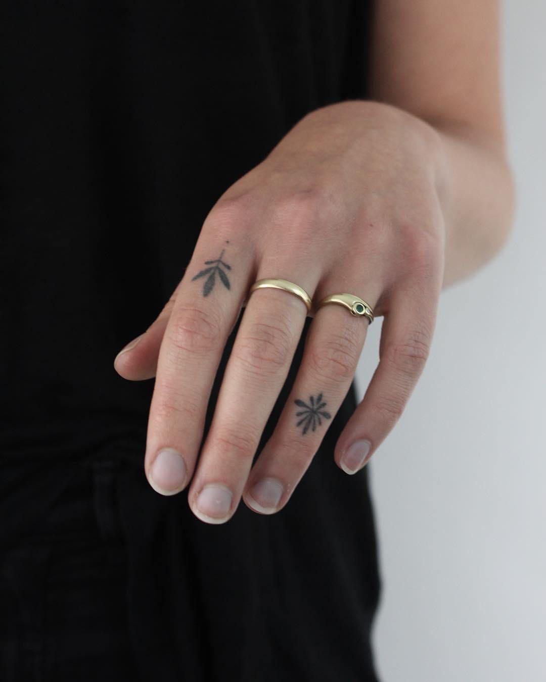 Photo of 40 Amazing Finger Tattoo For Women You'll Love » EcstasyCoffee #tattoosforwomen