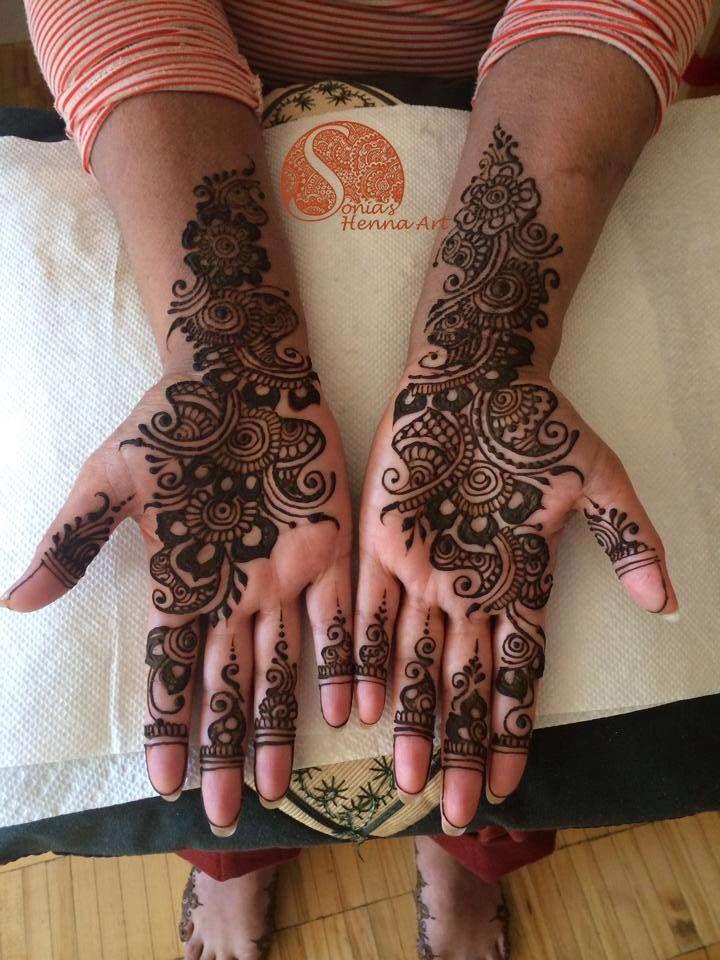 Simple arabic , Bridal henna design for a muslim wedding