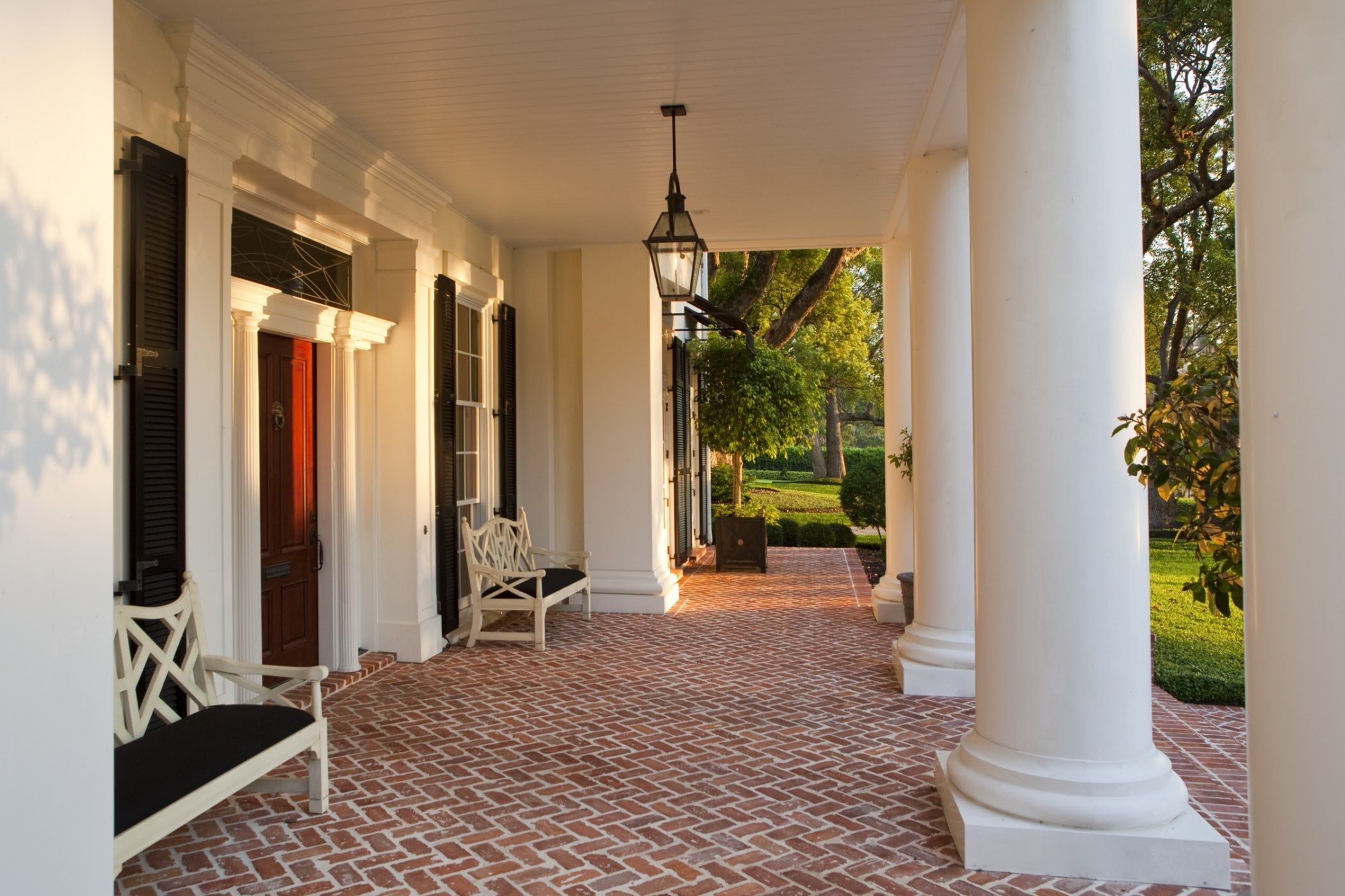 Residences & Retreats