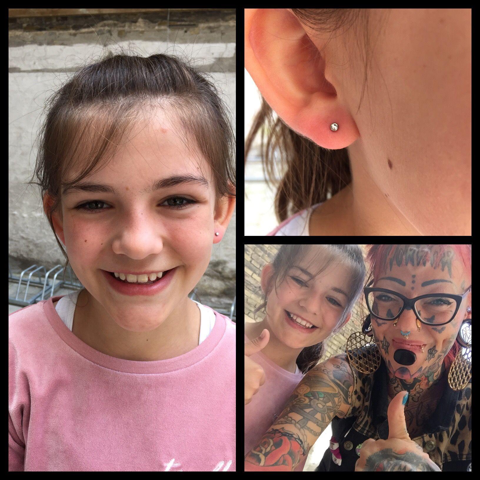 Seje piger får seje huller i ørene ❤️🌈🦄   Jeg piercer gladeligt børn i ørene, som selv kan be om det og selv ønsker at få det gjort ❤️🙏🏾  Ses i dag hos Artistic på Vesterbro 10-18 🌼
