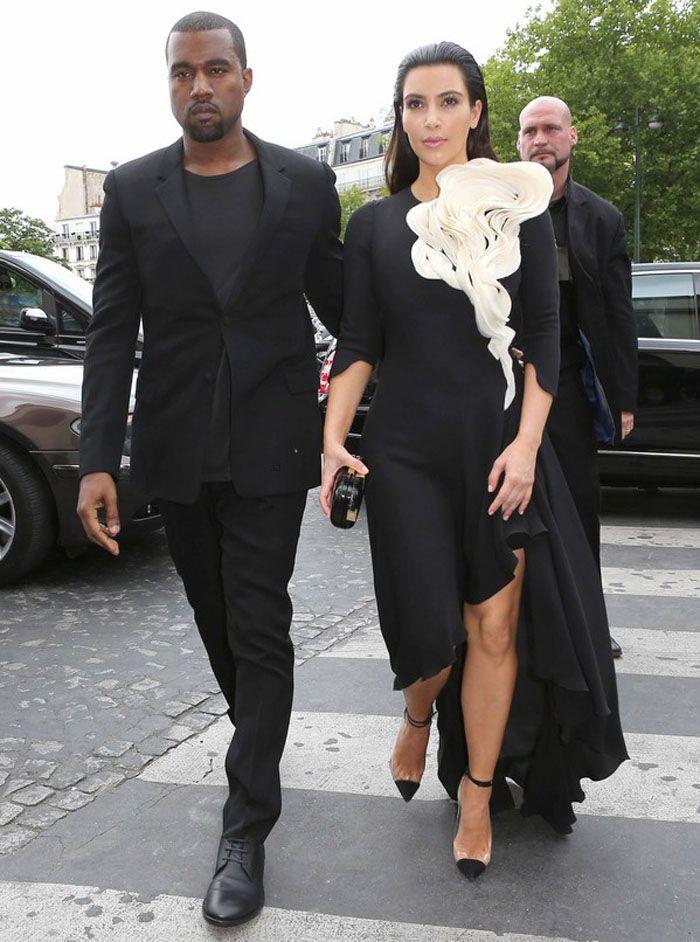 Kim Kardashian & Kanye West in Paris!
