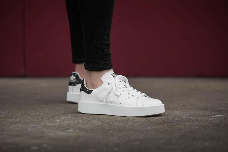 stan smith paillette noir