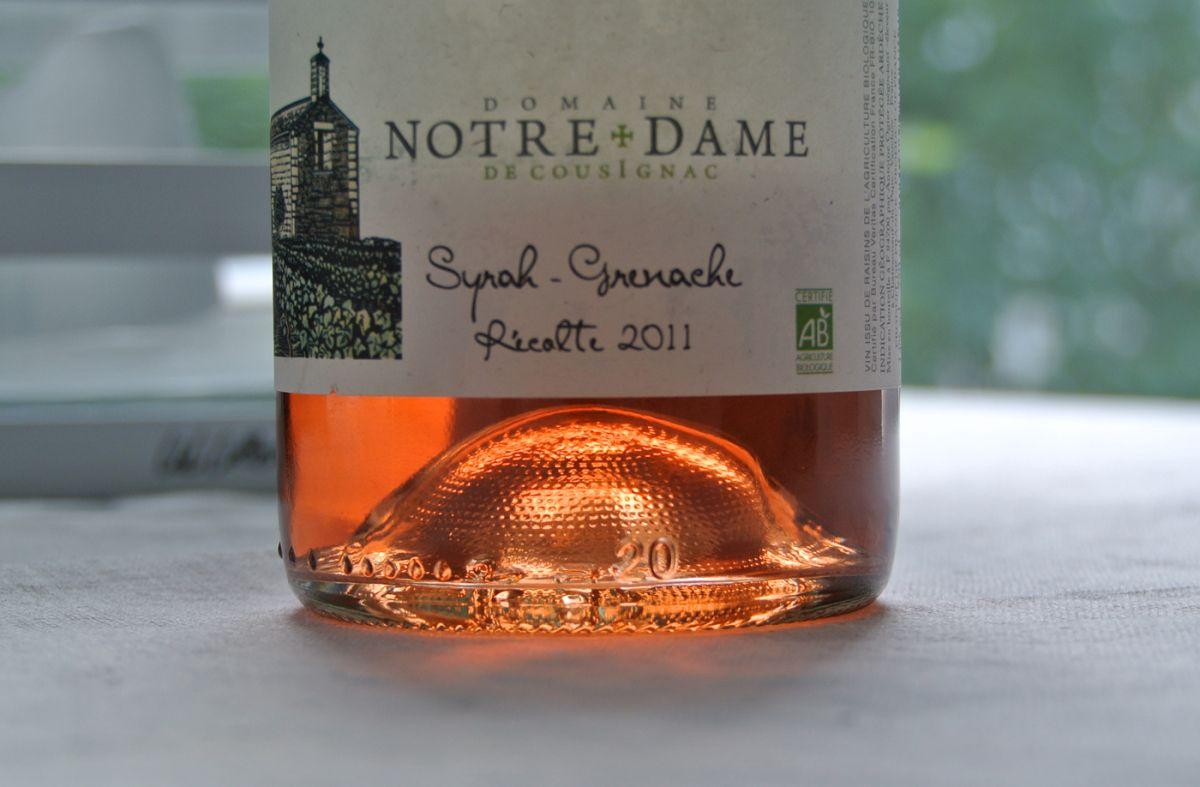 French organic rosé-wine