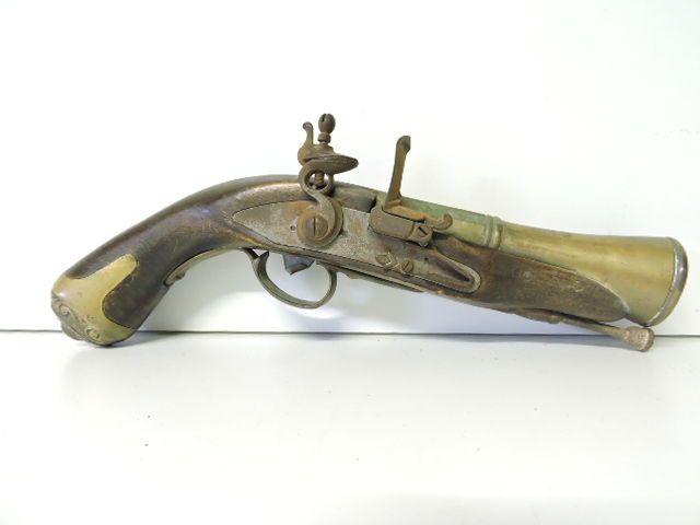 Dating antieke vuurwapens dating in College VS dating op de middelbare school