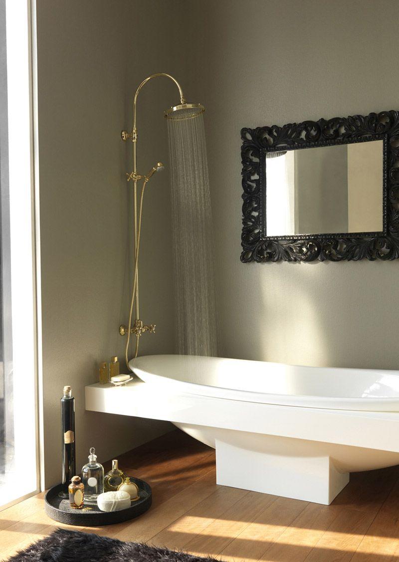 Multifunction shower column RETRO' by Bossini #bathtube #retro #bathroom