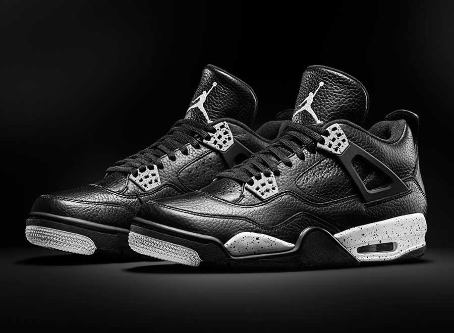 b9fb915bbb8 Air Jordan 4  Oreo  Walked in to a footlocker and they had one pair sitting  out and IT S MY SIZE!! got them!!