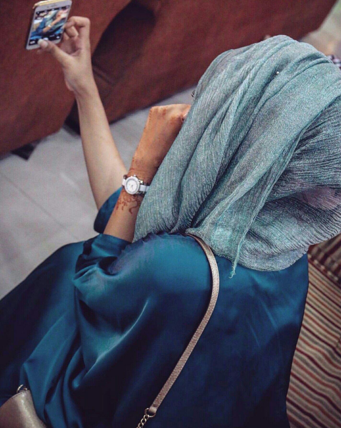 Pin by Farukh Amin on Women's fashion | Pinterest | Muslim girls, Hijabs and Hijab street styles