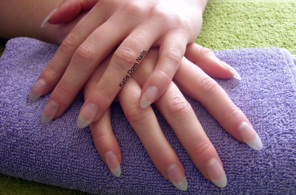 Katiedoesnails S Image Natural Almond Nails Diy Acrylic Nails Trendy Nail Design