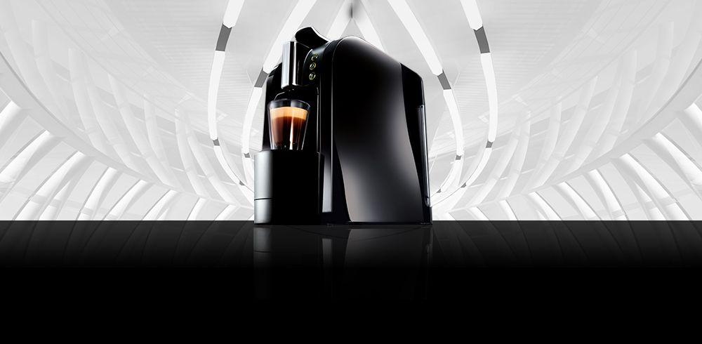 Black Espresto Wave Coffee Machine is styling.