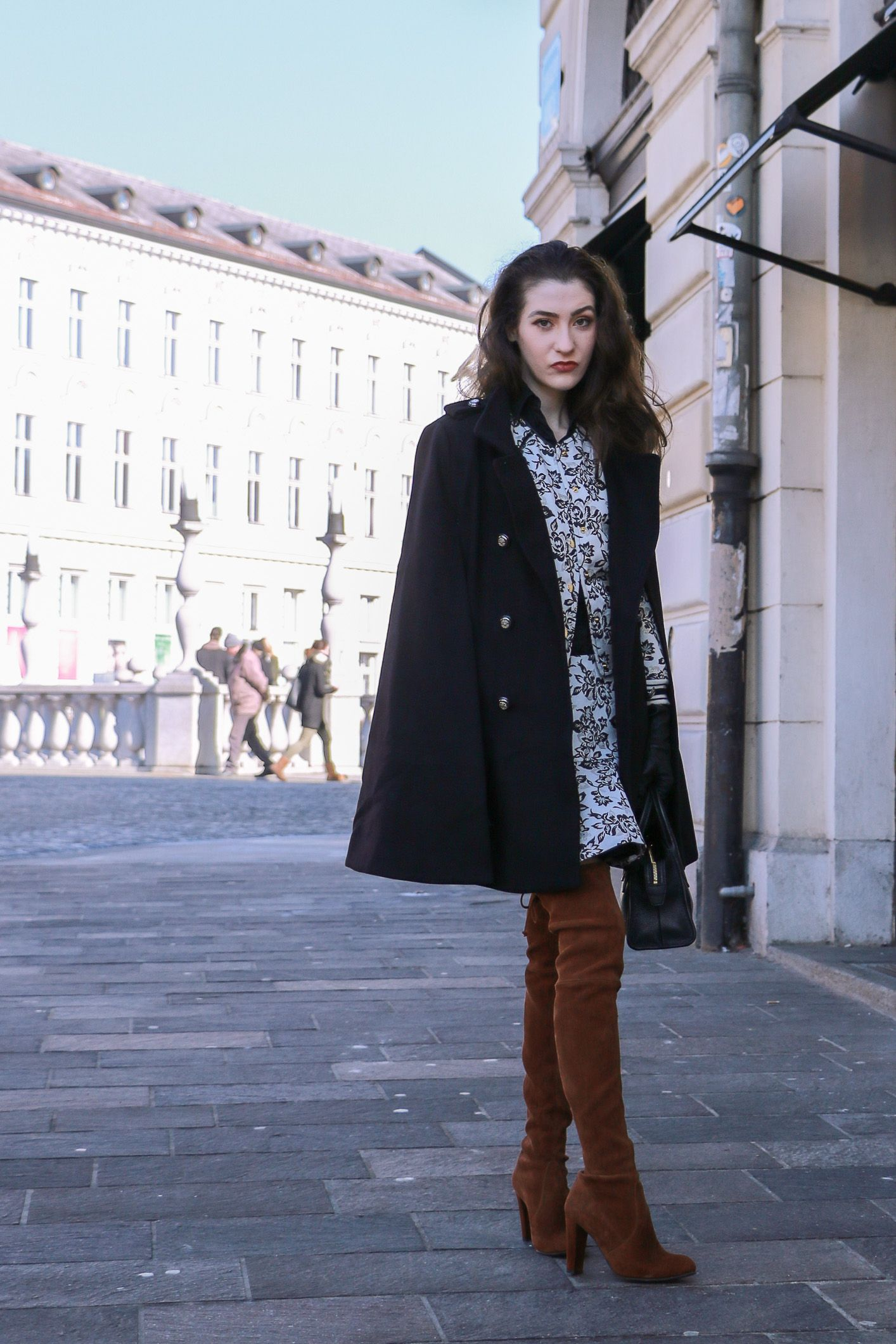 751b585d2 Fashion blogger Veronika Lipar of Brunette From Wall Street sharing what to  wear to the fashion week