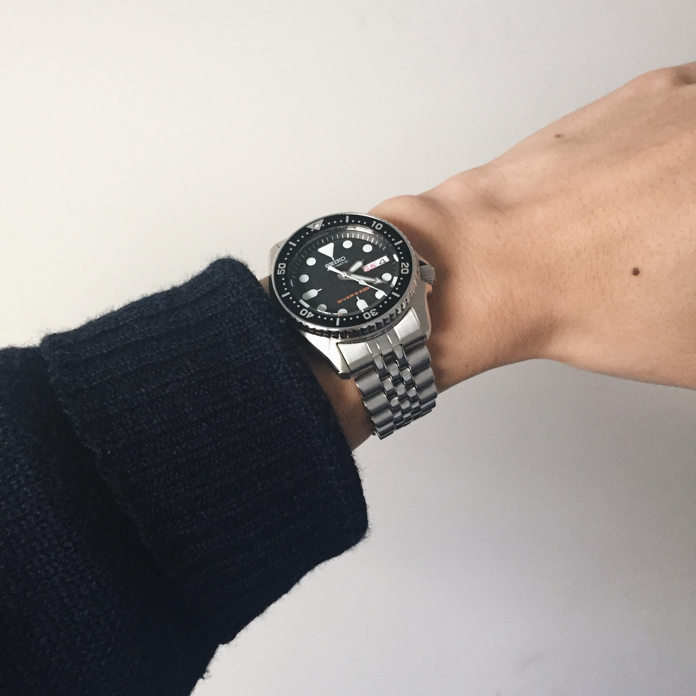 Seiko Skx013 First Dive Watch For A Small Wrist Http Ift Tt 2osg5p4 Dive Watches Watches For Men Seiko