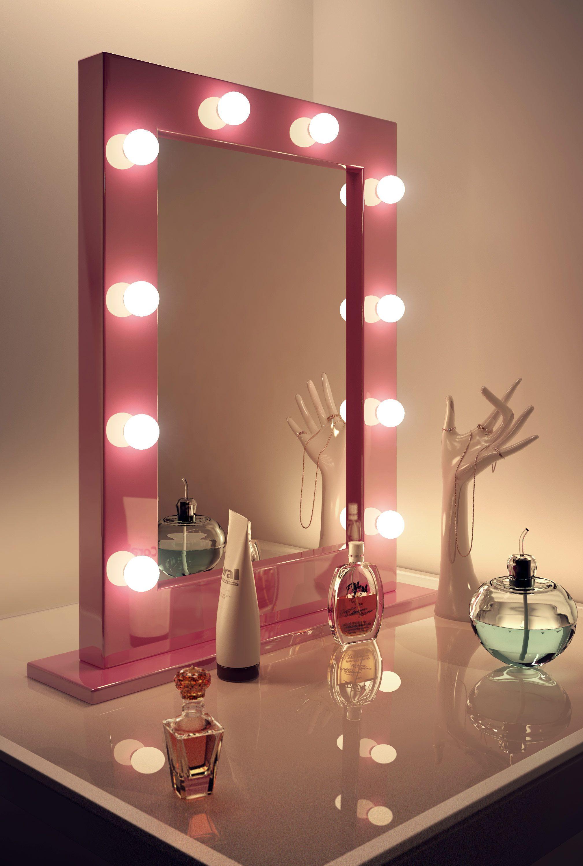 ariananicolexo🌺🌸🌹 Dressing room mirror